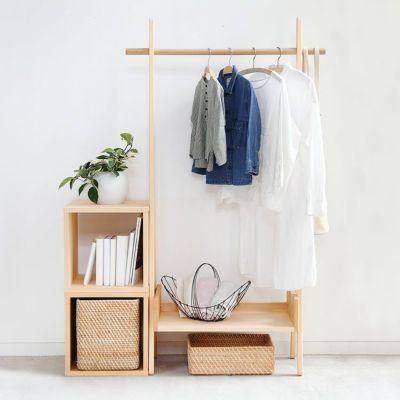 みんなの服や本を。家族の収納ステーション<br>サクラハンガー / waku