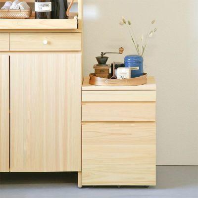 キッチン収納としても活躍<br>3段ワゴンL / キッチンボードA80