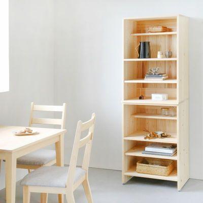 省スペースにぴったり、スリムな佇まい<br>キッチンボード C60 shelf<br>サイズオーダーテーブル / Gチェア(ライトグレー)