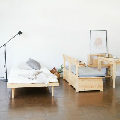 ワンルームの暮らしにも選びたい、シンプルなベッド<br>ベッドF フラット S / ダイニングテーブル -EASY ORDER-<br>ソファ K2.5(グレー)/ waku-s / waku-s W / waku-subaco