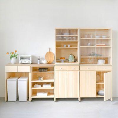 カウンターと合わせてリビングダイニング収納<br>キッチンボード A80(cupboard)/ キッチンボード A60(utility)<br>キッチンカウンター B60(くるみ) / キッチンカウンター C60(さくら)